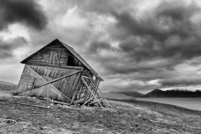Old hut at Snatscherpynten, Recherchefjord, Spitsbergen